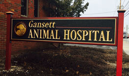 Gansett Animal Hospital sign